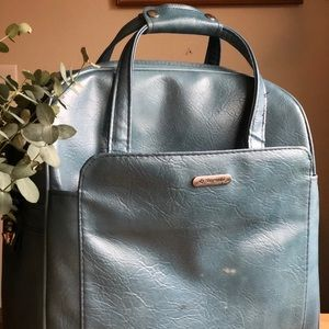 Vintage extra large blue samsonite overnight bag